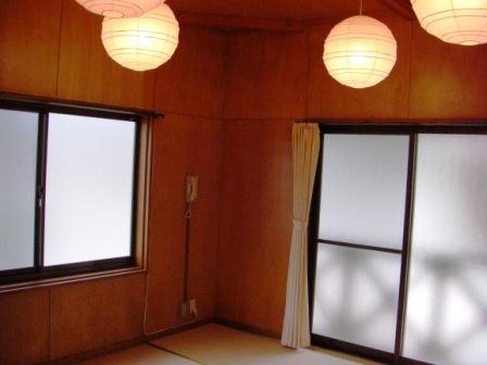 バンガロー室内